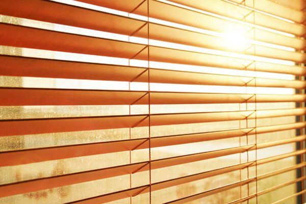Blinds & Curtaining